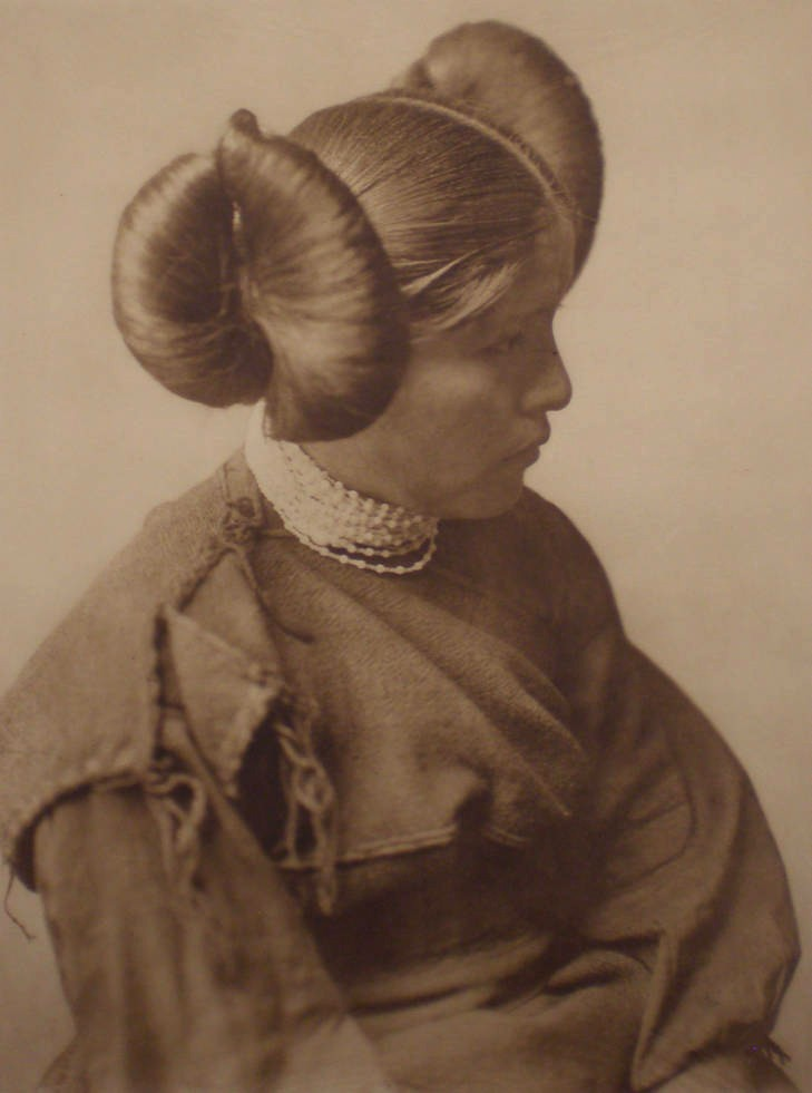 EDWARD CURTIS, A Hopi Girl, 1905, Photogravure on Holland van Gelder from Portfolio 12